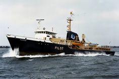 Op station MARKAB   Imonummer 7605691, loodsboot http://vervlogentijden.blogspot.nl/2015/03/elke-dag-een-nederlands-schip-uit-het_11.html