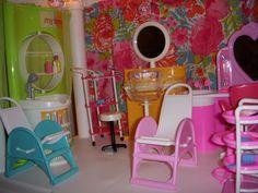 Barbie Salon Plastic Shelving Units, Barbie Store, Buffet, Cupcakes, Candy, Home Decor, Living Room, Cupcake Cakes, Decoration Home