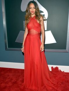 Rihanna in red. Hot! #Grammys http://www.ivillage.com/grammy-dresses-2013-red-carpet-fashion/1-b-521299#521433