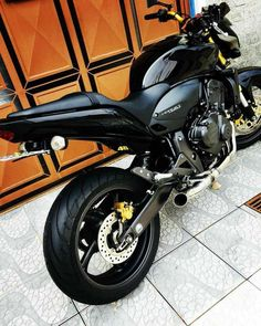 Ideas Motorcycle Wallpaper Motors For 2019 Motorcycle Boots Outfit, Ural Motorcycle, Motorcycle Shop, Motorcycle Camping, Motorcycle Types, Chopper Motorcycle, Motorcycle Hairstyles, Harley Davidson Pictures, Adventure Car