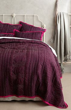 gorgeous plum coverlet  http://rstyle.me/n/ptj2apdpe