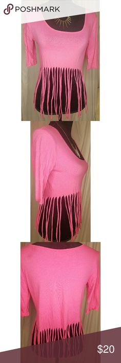 Beautiful pink crop top size M This is a beautiful pink crop top size medium from HOT GAL. I wore this top to a party I pair them with jeans and it looked amazing. I love this top because it's so unique. Wore once. Hot Gal Tops Crop Tops