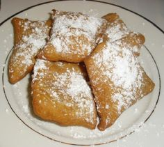 New Orleans!! Cafe du Monde has the best beignets ever!! A must place to go if you are in New Orleans.