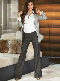 Like the look and the cardigan Stylish Work Outfits, Winter Outfits For Work, Work Casual, Fall Outfits, Cute Outfits, Fashion Outfits, Grey Fashion, Work Fashion, Professional Attire