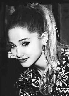 ♕ Ariana Grande!!