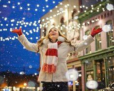 Christmas Trivia, Hallmark Christmas Movies, Christmas In July, Christmas Traditions, Christmas Outfits, Christmas Status, Christmas Facts, Christmas Events, Hallmark Movies