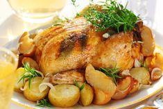 Honey Balsamic Glazed Chicken and Potatoes.A hearty weeknight meal of balsamic glazed chicken and potatoes! Crock Pot Recipes, Crock Pot Cooking, Drink Recipes, Dinner Recipes, Turkey Veggie Platter, Veggie Platters, Easy Roast Chicken, Roast Chicken Recipes, Herb Roasted Turkey