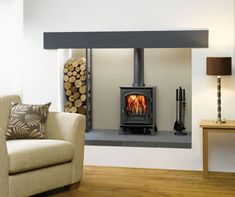 Riva Plus Small Wood Burning Stoves & Multi-fuel Stoves – Stovax, – Freestanding fireplace wood burning Wood Burning Logs, Small Wood Burning Stove, Wood Burner Stove, Wood Burner Fireplace, Inglenook Fireplace, Fireplace Design, Wood Stoves, Small Stove, Fireplace Ideas