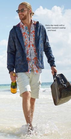 Robert Graham | Men's Fashion | Menswear | Men's Casual Outfit for the Beach | Spring/Summer Look | Moda Masculina | Shop at designerclothingfans.com