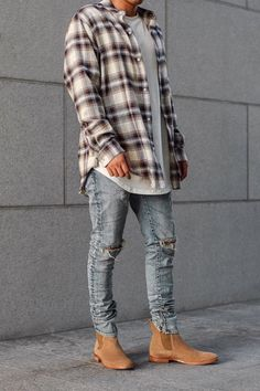Outfit Ideas Discover Reasons Why Plaid Is The Ultimate Fun Classic Print - Fashion Where does this rebellious print come from? Trendy Mens Fashion, Stylish Mens Outfits, Petite Fashion, Mode Masculine, Streetwear Men, Streetwear Fashion, Urban Outfits, Fashion Outfits, Flannel Outfits