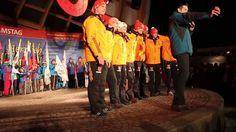 """Das Winterfest in Oberstdorf im Allgäu findet jedes Jahr statt. Auftakt ist immer die Vierschanzentournee in Oberstdorf mit Vorstellung der Skispringer aller Nationen und buntem Rahmenprogramm, Musik und Stimmung im Kurpark am Oberstdorfhaus. Danach geht es zur längsten Theke im Allgäu. Hier heizen Ihnen DJ´s und Live-Bands bis 03:00 Uhr morgens ein, frei nach dem Motto """"Party pur""""."""