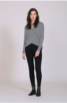 stepped top / black/white by Moochi. Everyday luxury, from off-duty essentials to coveted designer pieces. Black Tops, Black And White, Classic Chic, Off Duty, Black Jeans, Pants, Stuff To Buy, Outfits, Fashion