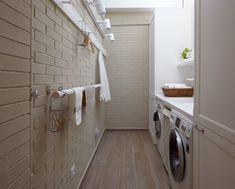 다용도실은 단어 뜻 그대로 다양한 쓰임새로 활용할 수 있도록 아파트 또는 주택에 설계된 공간으로 세탁기와 함…