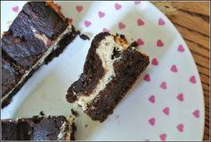 Keto Brownie z masą serową- mega fit wypiek - Slow Life Project Keto Brownies, Gluten, Desserts, Projects, Food, Life, Tailgate Desserts, Log Projects, Deserts