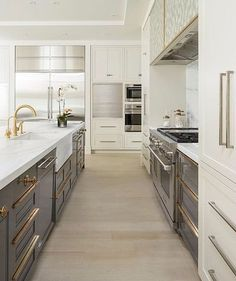 Can't stop looking at this kitchen by Craftsman Kitchen via @vanessaennsinteriors - similar to a friends I know that I will have to post! Gorgeous color choices and hardware! #restyledesign #fortcollinsinteriordesign #fortcollins #kitcheninspiration