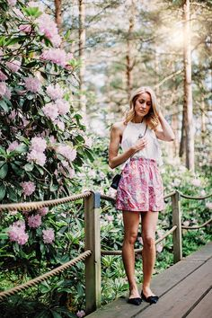 Midsummer outfit with a bohemian skirt and an open-back top in a Rhododendron park, Helsinki - Anna Pauliina, Arctic Vanilla blog.