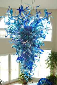 Chihuly Stonechiper Chandelier - click to see more traditional Murano glass lighting