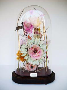 Lyndie Dourthe: Antique Garden- paper flowers
