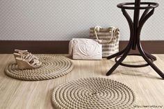 How to make rope rugs, baskets, etc. Site is in Russian, I used a translation site to read the text and it was easy to follow.