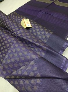 Elegant Fashion Wear Explore the trendy fashion wear by different stores from India Cotton Sarees Handloom, Kota Silk Saree, Indian Silk Sarees, Soft Silk Sarees, Saree Blouse Neck Designs, Saree Blouse Patterns, Side Fat, Churidar Designs, Long Frock
