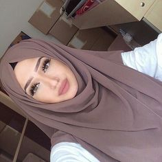 The scarf is the most important part from the clothes of females together with hijab. Hijab Fashionista, Hijab Chic, Girl Hijab, Hijab Outfit, Muslim Fashion, Modest Fashion, Women's Fashion, Beau Hijab, Hijab Style Tutorial