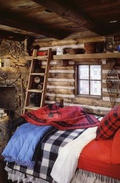 cozy cabin bedroom with design design home design interior design 2012 Log Cabin Living, Small Log Cabin, Little Cabin, Log Cabin Homes, Cozy Cabin, Log Cabins, Winter Cabin, Rustic Cabins, Log Cabin Bedrooms