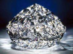 The Centenary Diamond - 273.85 carats - D Color, Flawless Clarity