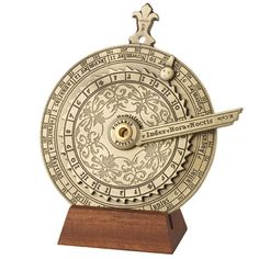 The piece is a replica of a Nocturnal and Tide Computer from 1570, that can be found in the British Museum's collection.