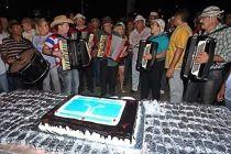 Ceilândia completa 44 anos com festa no centro da cidade - http://noticiasembrasilia.com.br/noticias-distrito-federal-cidade-brasilia/2015/03/27/ceilandia-completa-44-anos-com-festa-no-centro-da-cidade/