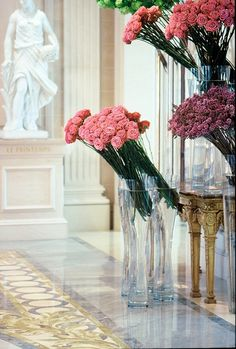 Four Seasons Hotel George V Paris - I can't afford it. But one must go in to see flower by Jeff Leatham!