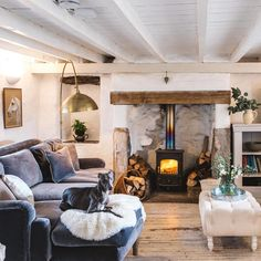 - Okay, that's some serious living room goals right there! Who else wishes they could dive into this snap from Abi and snuggle into that Pavlova sofa in front of the fire, next to that pooch? Snug Room, Corner Sofa Living Room, Home, Cosy Living Room, Barn Interior, Living Room Goals, Cottage Living Rooms, Country Living Room, Home Living Room