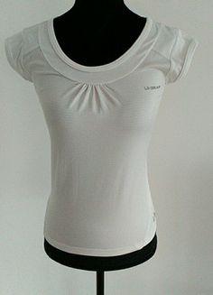 À vendre sur #vintedfrance ! http://www.vinted.fr/mode-femmes/tee-shirts/55798951-t-shirt-sport-la-gear-blanc