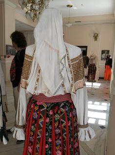 Folk Costume, Costumes, Folk Embroidery, Traditional, Blouse, Floral, Skirts, Inspiration, Fashion