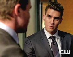 Arrow  5x15 Arrow Tv Series, Seasons, Arrow Tv Shows, Seasons Of The Year