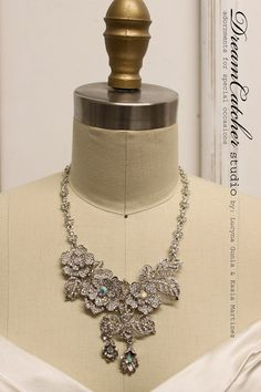 Rosa silver and crystal vintage necklace with Swarovski crystals