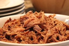 Slow cooker pulled pork (paleo)... yup, I'll be trying this!