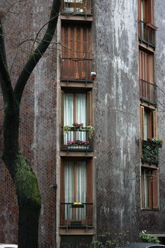 formophil:  Wohnhaus an der Via MassenaLuigi Caccia DominioniMailand, 1963