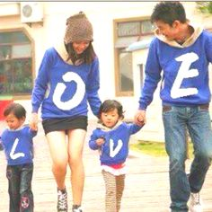 Not exactly a couples shirt but...this is just aww!<3 @Lorenza Meeks when we have kids though >>>>>