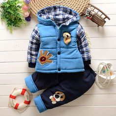 2015 Winter Baby Boys Warm Suits Infant Thickening Clothes Sets Children's outdoors Sports Cartoon Coats+Pants Kids Korean Suits