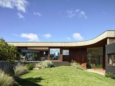 Gallery of 13th Beach Courtyard House / Auhaus Architecture - 1