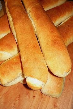 Recipes, bakery, everything related to cooking. Bread Dough Recipe, Salty Snacks, Hot Dog Buns, Baked Goods, Cake Recipes, Bakery, Food And Drink, Tasty, Sweets