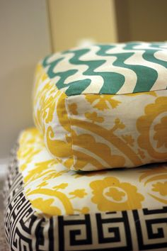 Giant Floor Pillows ~ tutorial