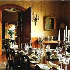 Luxury Classic Dining Room Interior Design of Old Country House in England Victorian Interiors, Victorian Decor, Victorian Homes, Victorian Design, House Interiors, Old Country Houses, Interior Styling, Interior Design, Room Interior
