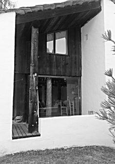 Rudolf Olgiati, Flims Mediterranean Architecture, Architecture Details, Modern Architecture, Greece House, Arch House, Space Time, Facade, Sculpture, Interior