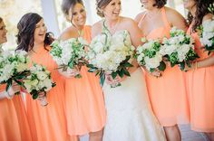 Madrinhas de laranja! #casamento #madrinhas #vestido #laranja