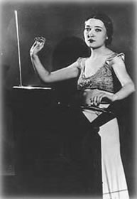 Clara Rockmore - the worlds most renowned Theremin virtuosa.