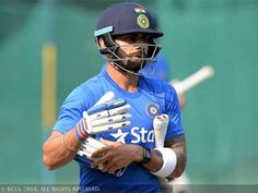 Virat Kohli can bat at night without lights: Sunil Gavaskar - The Economic Times