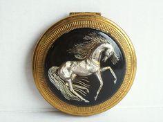 Vintage KIGU Figural Lucite 3D HORSE Powder Compact Vanity Makeup Case