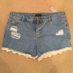 F21 DENIM SHORTS +SIZE 12 +SIZE DENIM CUT OFF SHORTS WITH CROCHET TRIM. DESTROYED DETAILS. BRAND NEW WITH TAG SIZE 12 FROM F21 PLUS LINE. Forever 21 Shorts Jean Shorts
