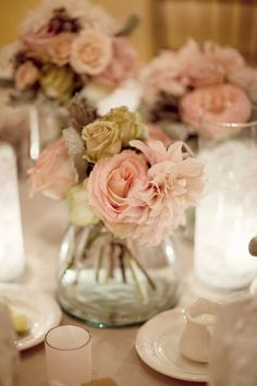 Cute idea for a smaller center piece with white flowers instead of the green if it's not on the color scheme